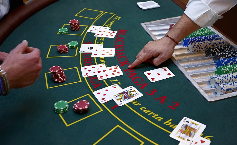 Play Blackjack Like A Pro